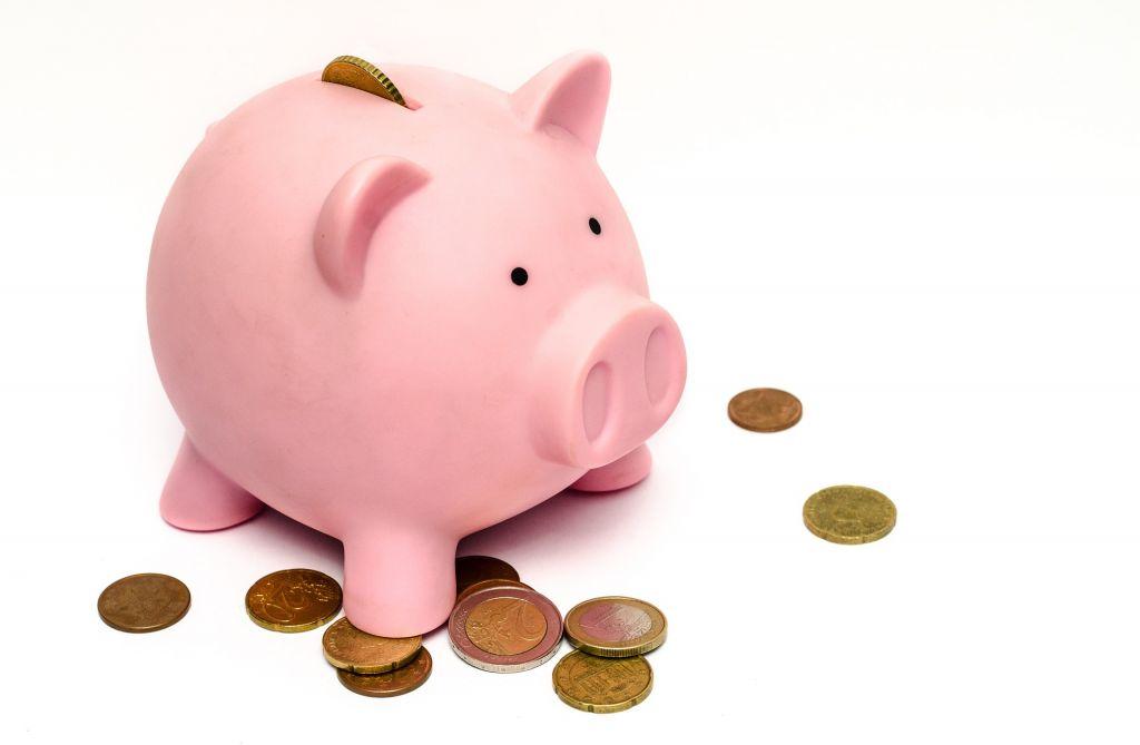 Steigende Reisekosten können ein Problem für die Klassenkasse werden.