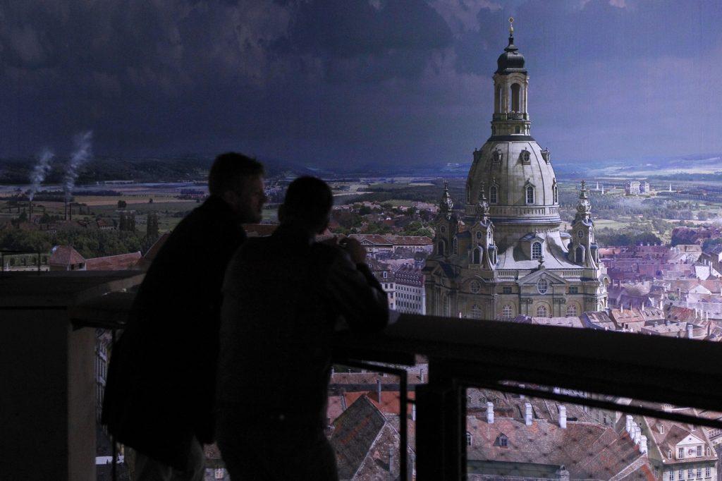 Blick auf die Frauenkirche im asisi Panometer in Dresden