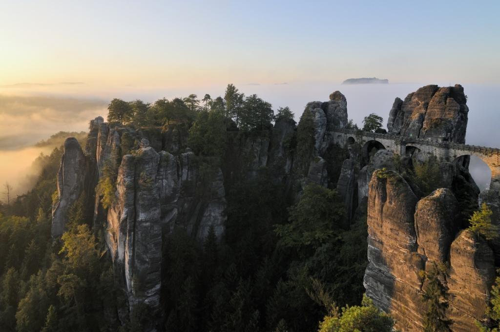 Abenteuer pur! Die Sächsische Schweiz ist als Ausflugsziel gerade für jüngere Schüler sehr gut geeignet.