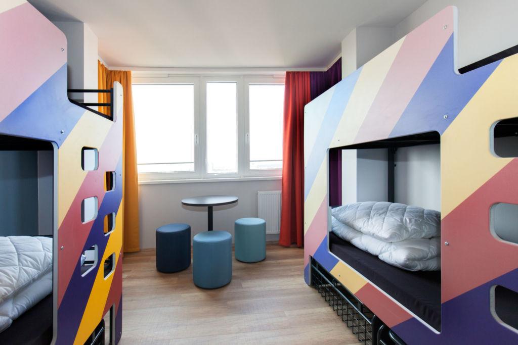 Blick in ein Mehrbettzimmer im a&o in Prag