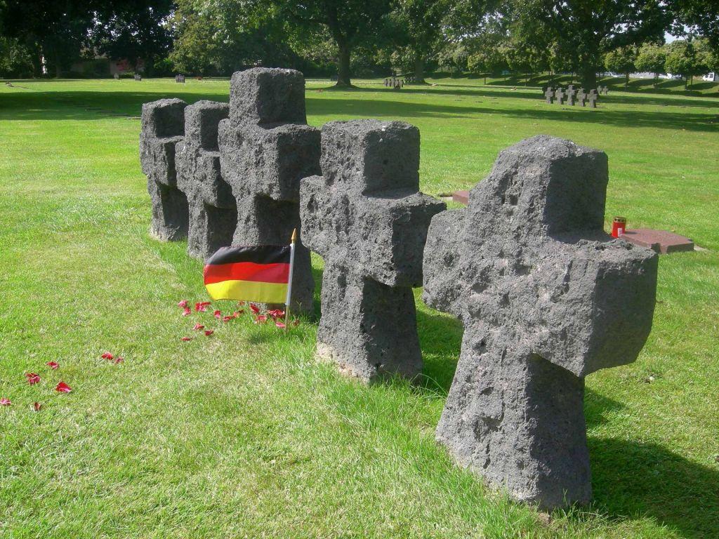 Der deutsche Soldatenfriedhof La Cambre regt durch seine Größe zum Nachdenken an.