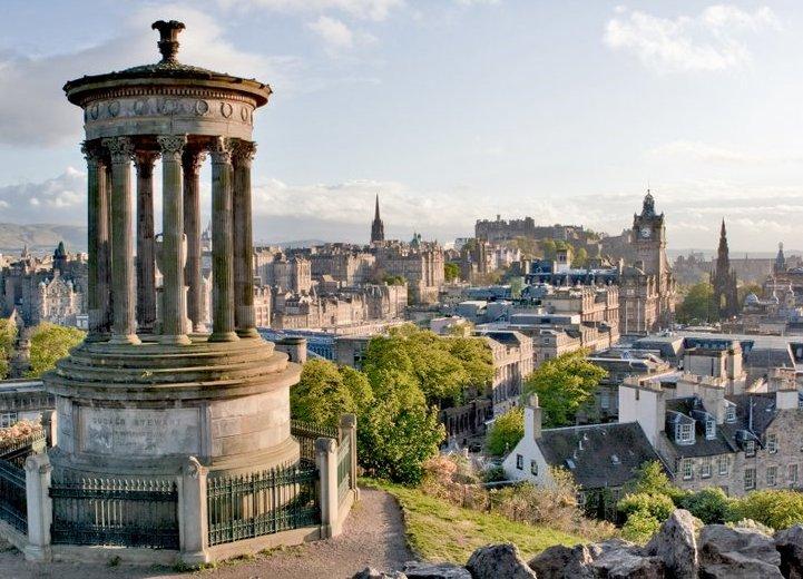 Blick auf die Altstadt von Edinburgh