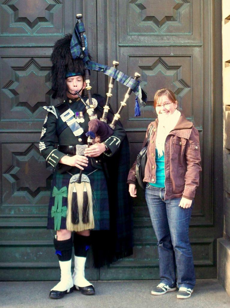 Edinburgh Backpiper