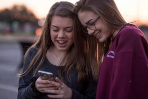 Schüler für Fake News sensibilisieren