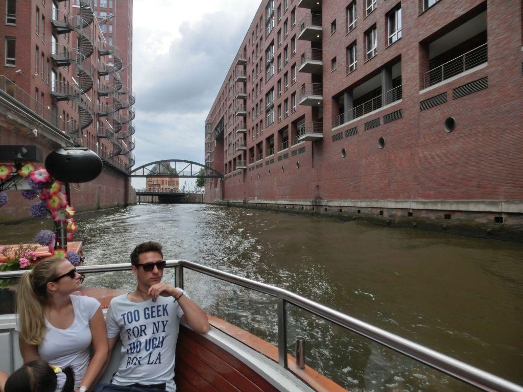 Die Hafenrundfahrt ist eines der Highlights bei einer Klassenfahrt nach Hamburg!