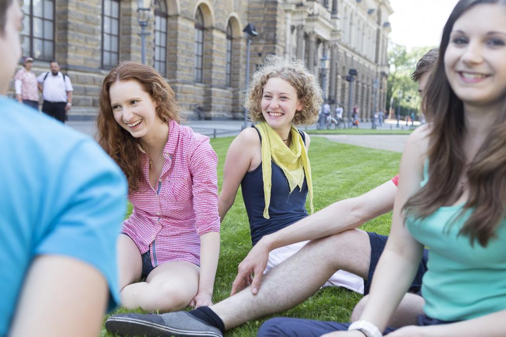 Die Mitschüler mit in die Verantwortung zu nehmen, ist bei der Mobbing-Prävention besonders wichtig!