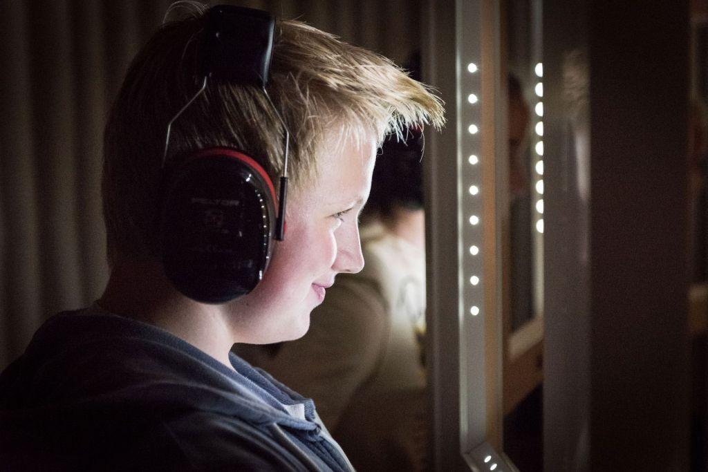 Das Erlernen von Mitteln der nonverbalen Kommunikation ist für Schüler eine bereichernde Erfahrung.