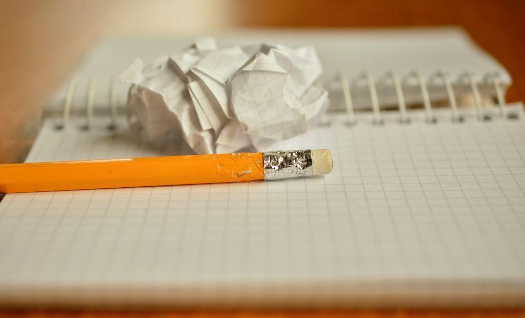 Im Vertretungsunterricht ist endlich Zeit für kreatives Schreiben.
