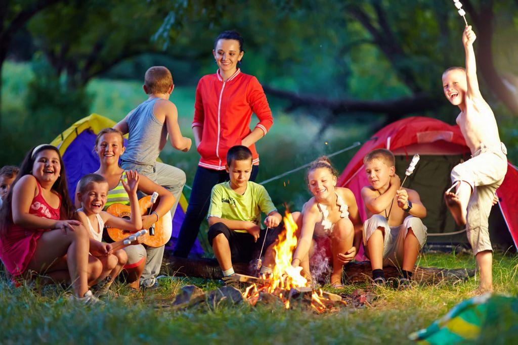 Lagerfeuer in den Ferien