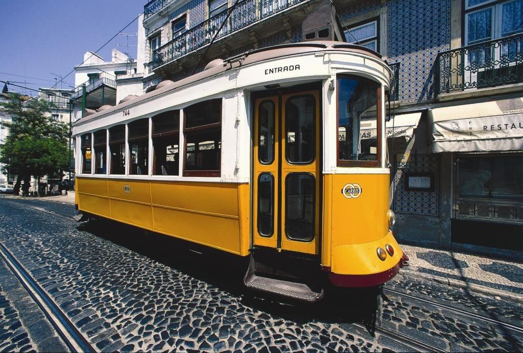 Die berühmte Straßenbahn von Lissabon
