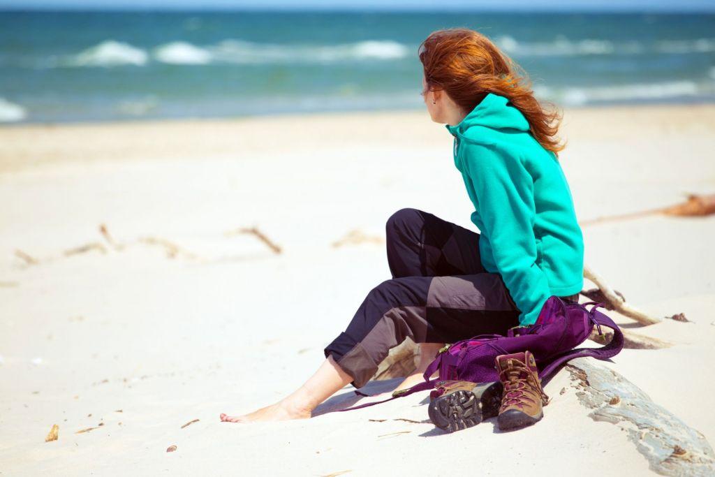 Entspannung pur: Ein Strandspaziergang an der Ostseeküste stärkt den Zusammenhalt der Klasse.