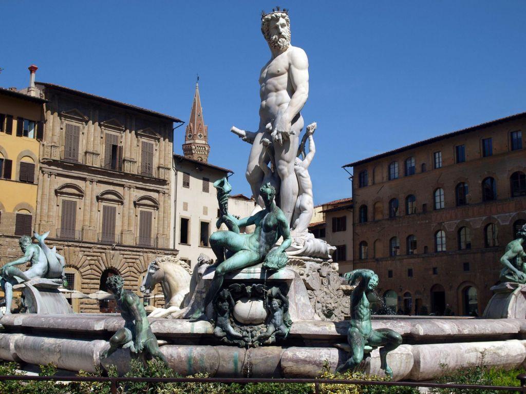 Der Neptunbrunnen von Bartolomeo Ammannati auf der Piazza della Signoria in Florenz