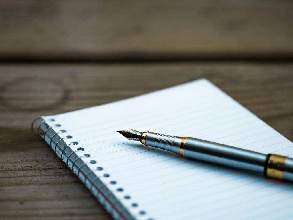 Ein hochwertiger Füller sollte zur Grundausstattung jedes Lehrers gehören.