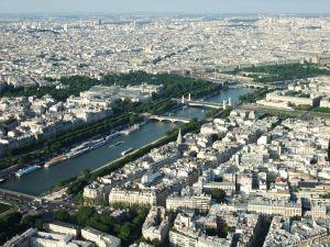 In Paris wird es den Schülern garantiert nicht langweilig.