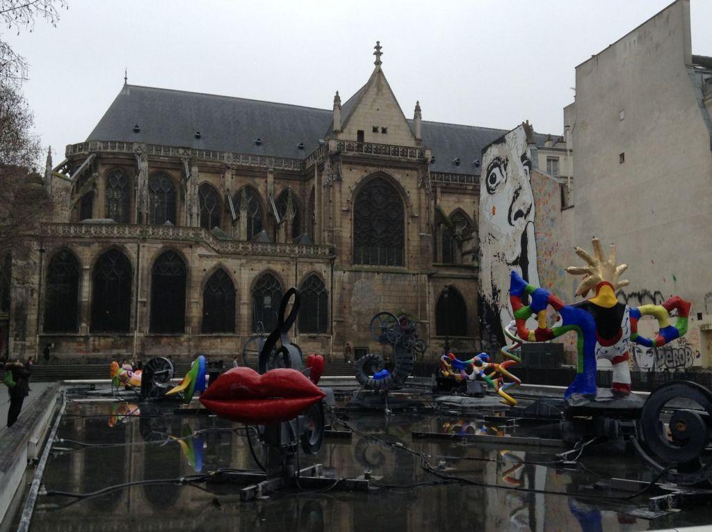Das Centre Pompidou ist eines der Must Sees von Paris.