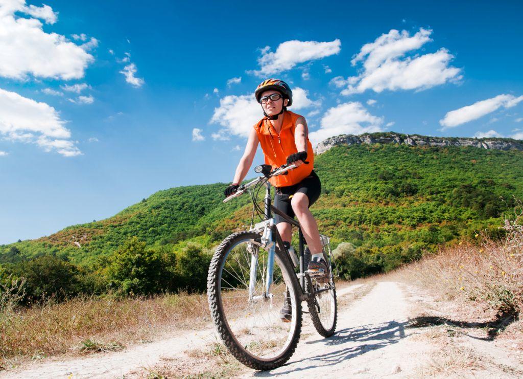 Eine Fahrradtour mit Freunden macht Spaß und kostet nichts!