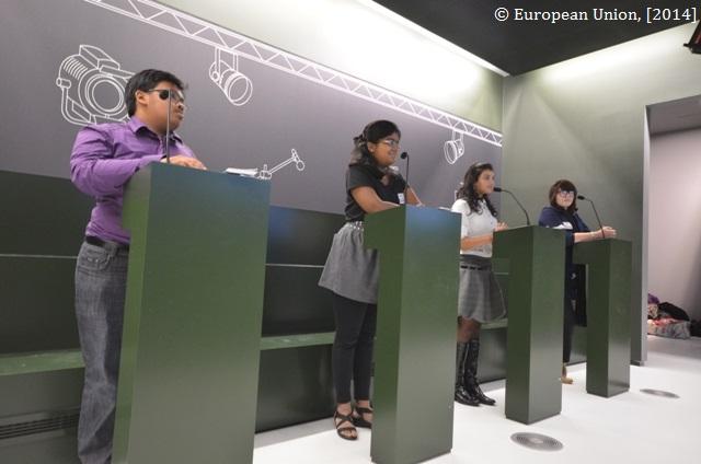 Rollenspiel im EU-Parlament in Brüssel
