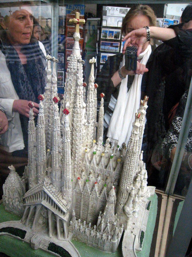 So soll die Sagrada Familia nach ihrer Fertigstellung 2026 aussehen.