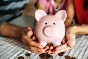 Das Sparschwein hilft zu sparen