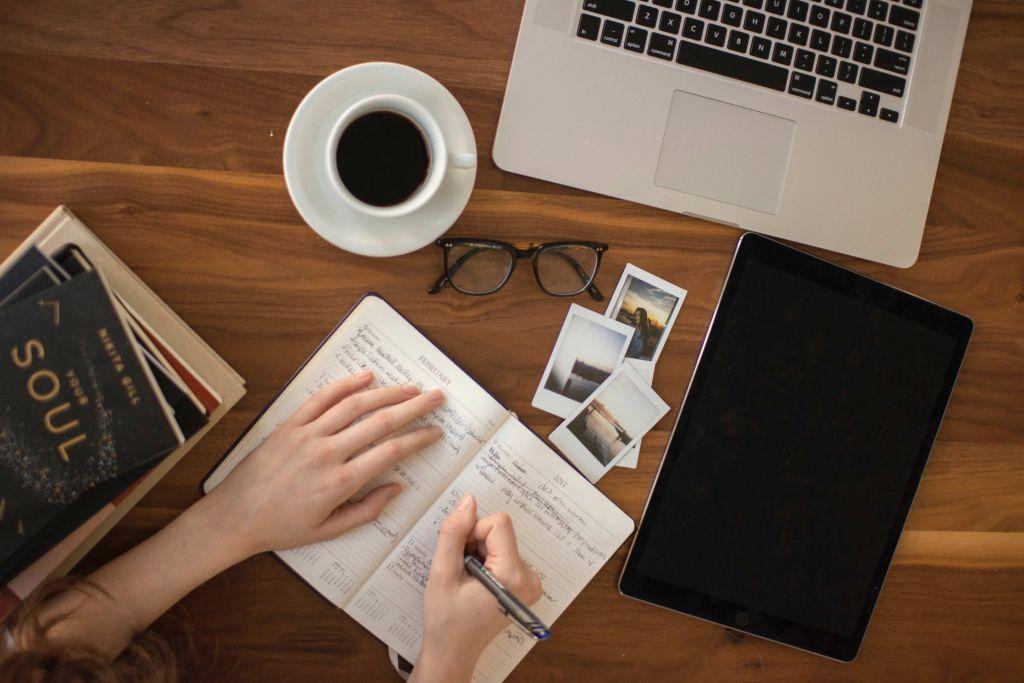 Wie viel arbeite ich tatsächlich? Ein Tagebuch gibt Aufschluss darüber.